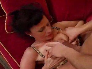 Zreli mama ženska ejakulacija nakon orgazma po TROC